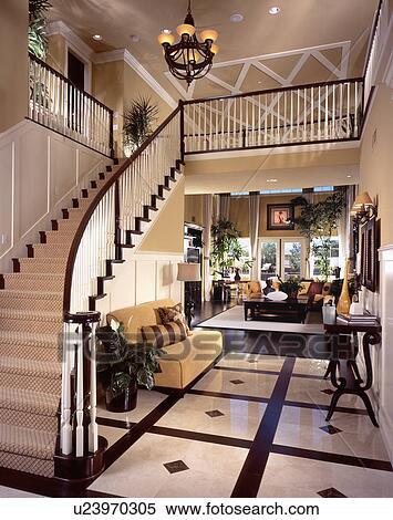 Stock Bild Treppenaufgang In Modernes Haus U23970305 Suche