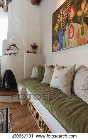 Stock Fotografie - built in, muur, bankstel, met, groot, schilderij ...