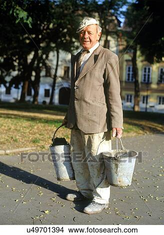 Hazır Fotoğraf Mutlu Oldukça Yaşlı Adam çalışmak Gidiyor Ile