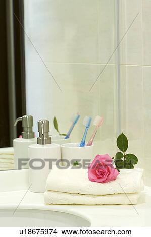 Bañar accesorios, en, cuarto de baño Colección de foto