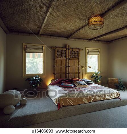 Stock Foto - rattan, plafond, en, bamboe, scherm, achter, bed, met ...