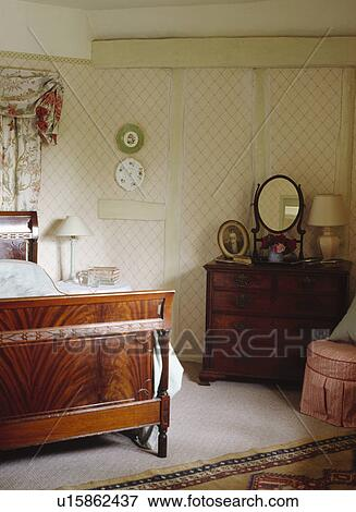Antique Mahogany Bed And Chest Of