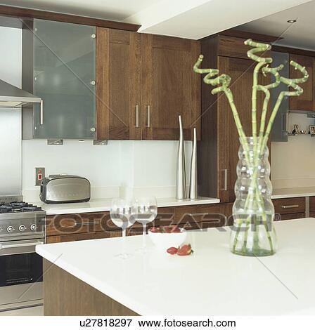 Immagine - bambù, gambi, in, vaso vetro, bianco, worktop, in ...