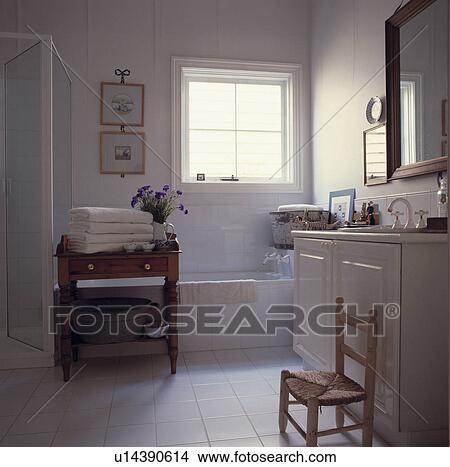 Archivio Fotografico - bianco, asciugamani, su, vecchio, pino ...