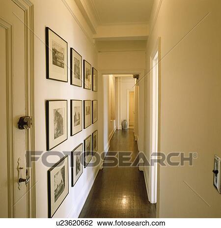 Archivio fotografico collezione di black white for Pintura para pasillos largos