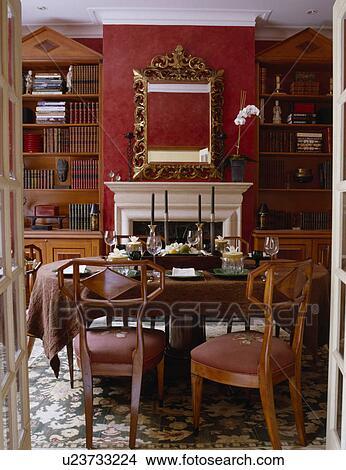 Puertas, abierto, a, biedermeier, sillas, en, rojo, comedor ...
