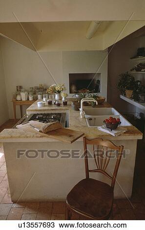 Colección de foto - antigüedad, silla de madera, delante de, isla ...