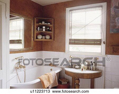 Braun, sponge-effect, wände, oben, weiß, fliesenmuster, in ...