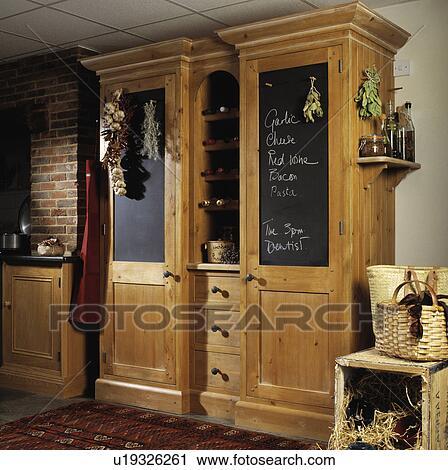 Banco de Fotografías - muebles, interior, alacena, pizarra ...