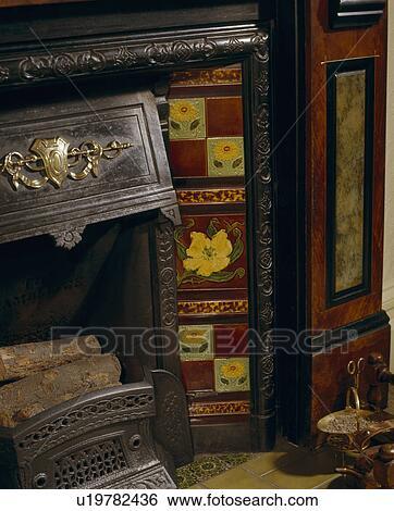 a42f913d Arkivfotografi - nærbilde, av, kamin, med, viktoriansk, fliser. Fotosearch