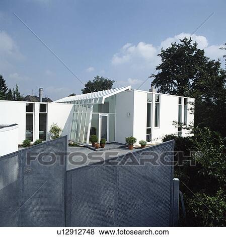 Bilder Metall Masche Zaun Auf Kleingarten Von Modernes