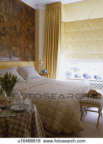Stock Afbeeldingen - victoriaans, decoupage, scherm, op, muur, boven ...