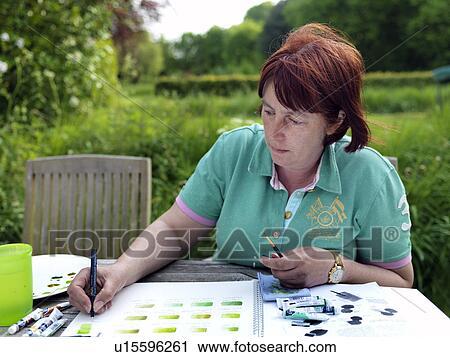 Banques De Photographies Angleterre Essex Femme Peinture