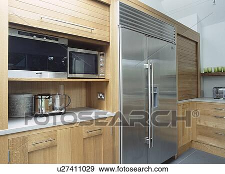 Kühlschrank Verschluss : Stock fotograf amerikanisch stil rostfreier stahl kühlschrank