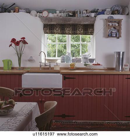 Bianco, belfast, lavandino, sotto, finestra, in, bianco, cottage ...
