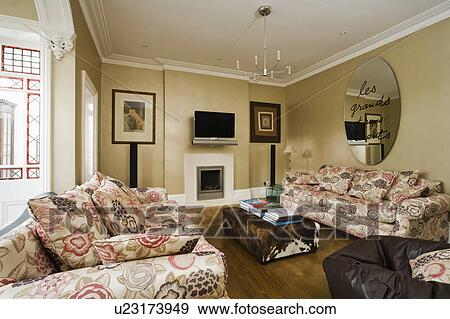 Amazing Circular Modern Mirror Above Patterned Sofa In Beige Living Pdpeps Interior Chair Design Pdpepsorg
