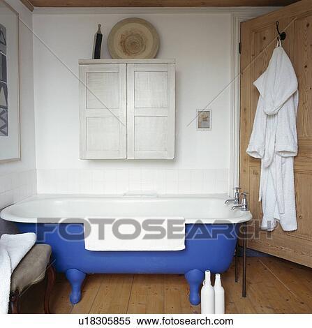 Stock Afbeelding - witte, kast, op, muur, boven, blauwe, rolltop ...