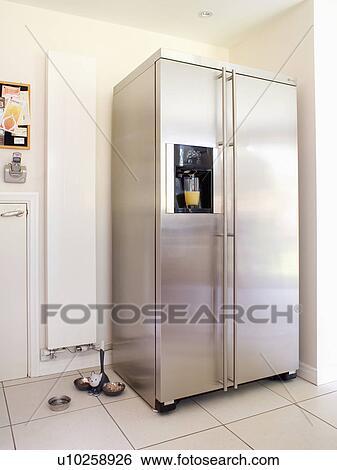 Stock Bilder - american-style, rostfreiem stahl, fridge-freezer ...