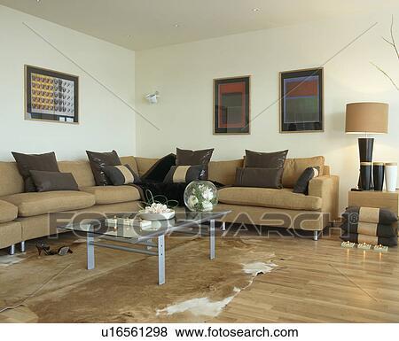 Fotos - bege, sofás, com, couro preto, almofadas, em, vida ...