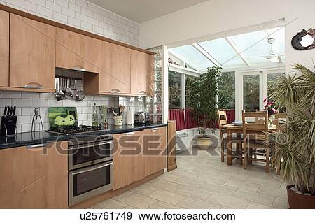 3d Fußboden Küche ~ Stock fotograf beige keramisch fussboden in modernes kueche