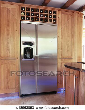 Groß, american-style, rostfreier stahl, kühlschrank tiefkühlschrank ...