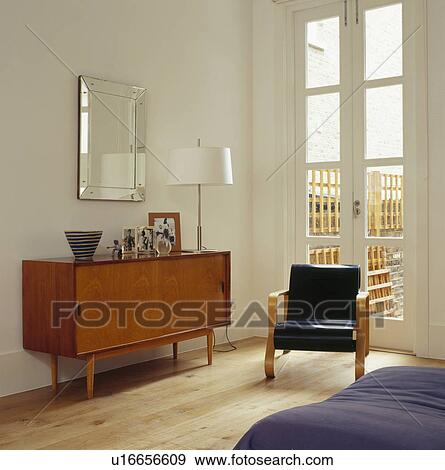 Stock Fotografie - jaren \'50, lederene stoel, voor, frans deuren, in ...