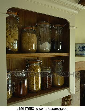 Alkohol Aufbewahrung Möbel bilder nahaufnahme glas aufbewahrung rüttelt auf kueche