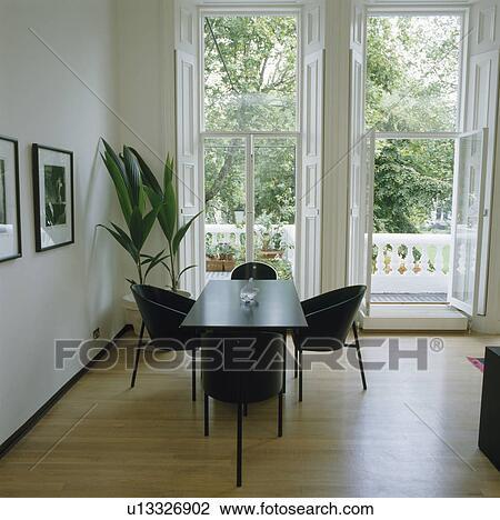 Archivio Fotografico - nero, sedie, e, tavola, in, moderno, sala da ...