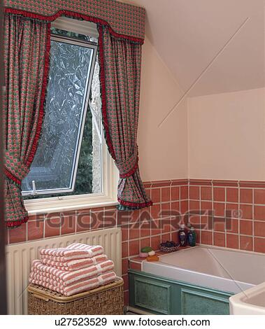 Red Green Curtains On Upvc Window