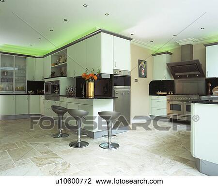 Pavimento moderno cucina excellent cappellini cucine via monsignor galbiati lampade nascoste in - Cappellini cucine prezzi ...