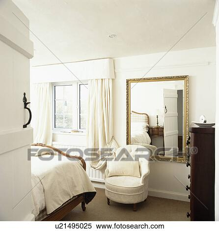 Excellent Door Open To Cream Tub Chair And Large Mirror In Cream Pabps2019 Chair Design Images Pabps2019Com