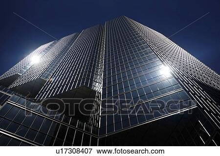 Image bas affichage angle de brillant noir verre bureau haut