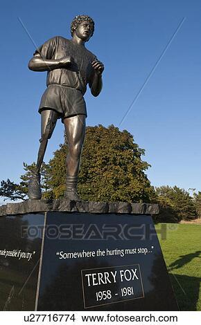 Stock Photo of Terry Fox statue, Beacon Hill Park ... | 290 x 470 jpeg 31kB