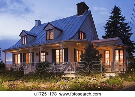 Images - vieux, Canadiana, (circa, 1821), petite maison, style ...