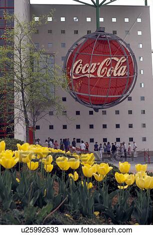 Coca Cola Atlanta Georgia World Of Yellow Tulips Decorate The Entrance To In Spring At Underground
