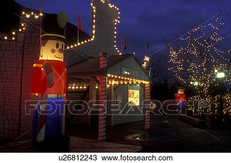 pennsylvania hershey hershey park an illuminated toy soldier and christmas lights decorate hershey park in the evening - Hershey Christmas Lights