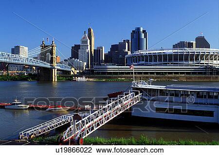 Stock Photo Of Riverboat Cincinnati Oh Ohio Downtown Skyline