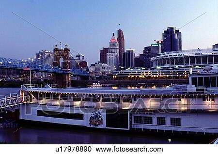 Riverboat Cincinnati Oh Ohio Downtown Skyline Mike Fink Restaurant A Stern Wheeler On Row Along The River