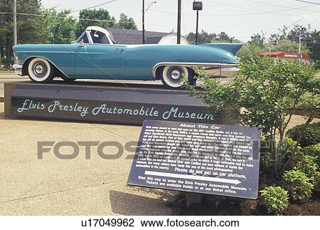 Cadillac Of Memphis >> Elvis Presley Graceland Cadillac Elvis Memphis Tn Tennessee Turquoise Cadillac Displayed At The Elvis Presley Automobile Museum At Elvis
