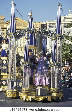 Stock Photo Of Parade Disney World Fl Orlando Magic Kingdom