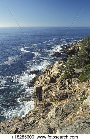 Acadia National Park, ME, Maine, Mount Desert Island, Scenic rocky  coastline in Acadia Nat'l Park on the Atlantic Ocean  Stock Image