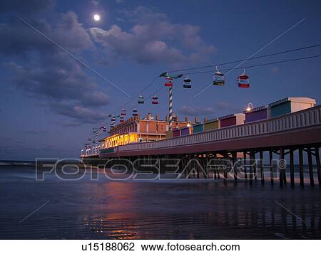 Daytona Beach Fl Florida Ss Atlantic Ocean Main Street Pier Boardwalk Gondola Skyride Evening Moon