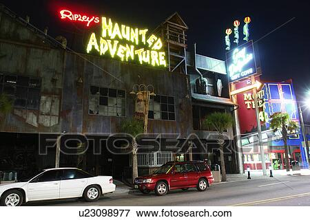 Myrtle Beach Sc South Carolina The Grand Strand Downtown Ripley S Haunted Adventure Evening