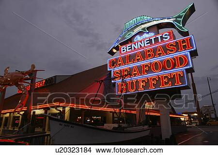 Myrtle Beach Sc South Carolina The Grand Strand Bennetts Seafood Restaurant Neon Sign Evening