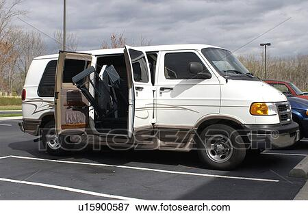Wheelchair Lift For Car >> Van Equipped With A Wheelchair Lift Stock Photo U15900587