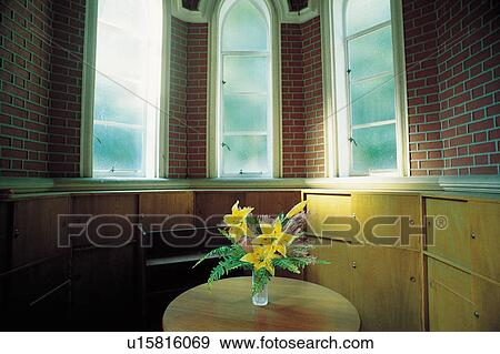 Banque de photographies fenetres int rieur fen tre for Decoration fenetre interieur