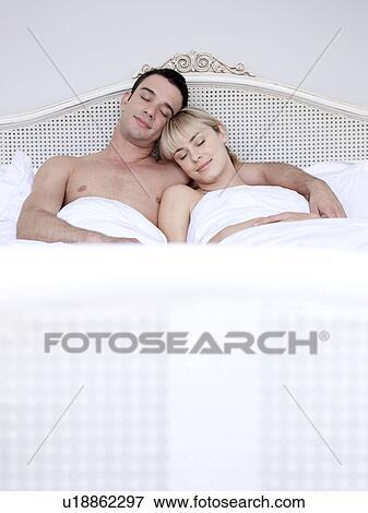 Bild Mann Frau Bett U18862297 Suche Stockfotografie Fotos