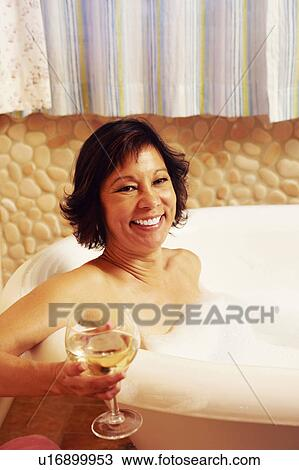 Mature lady in the bath