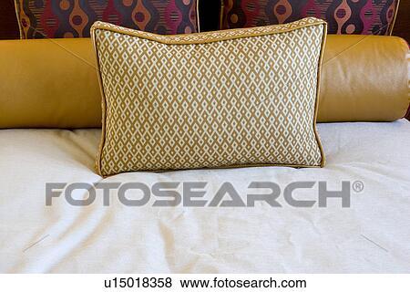 Images - décoratif, et, traversin, oreiller, lit u15018358 ... on