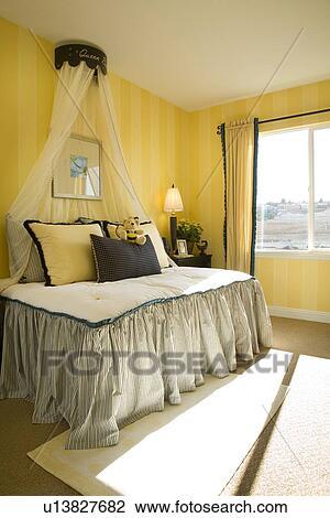 Stock Foto - de slaapkamer van kinderen, met, geel en zwart, thema ...